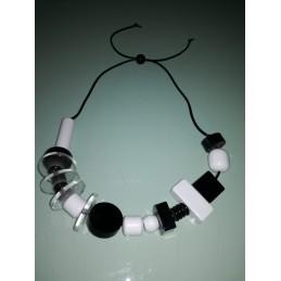 AFRICA short necklace
